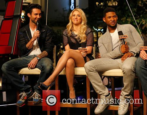 Adam Levine, Shakira and Usher 8