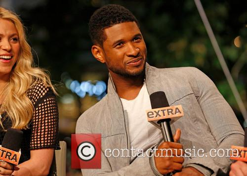 Shakira and Usher 8