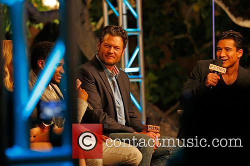 Usher, Blake Shelton and Mario Lopez 3