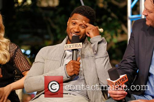 Usher and Blake Shelton 5
