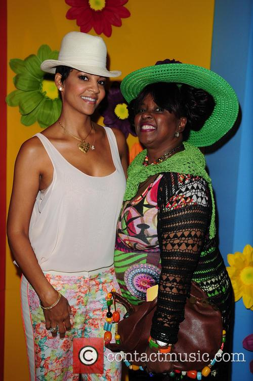 Tracy Mourning and Betty Wright