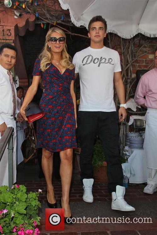 Paris Hilton, River Viiperi, The Ivy