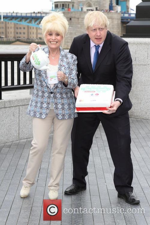 Boris Johnson and Barbara Windsor 3