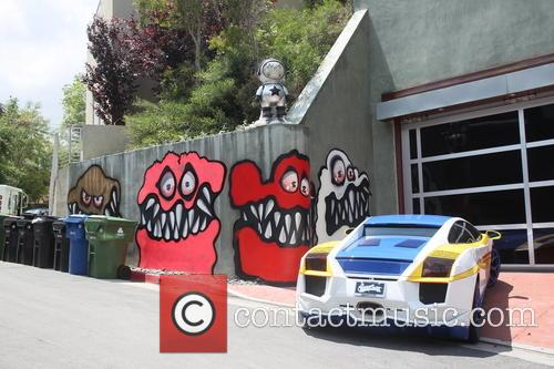 chris brown's hollywood home chris brown has 3758756