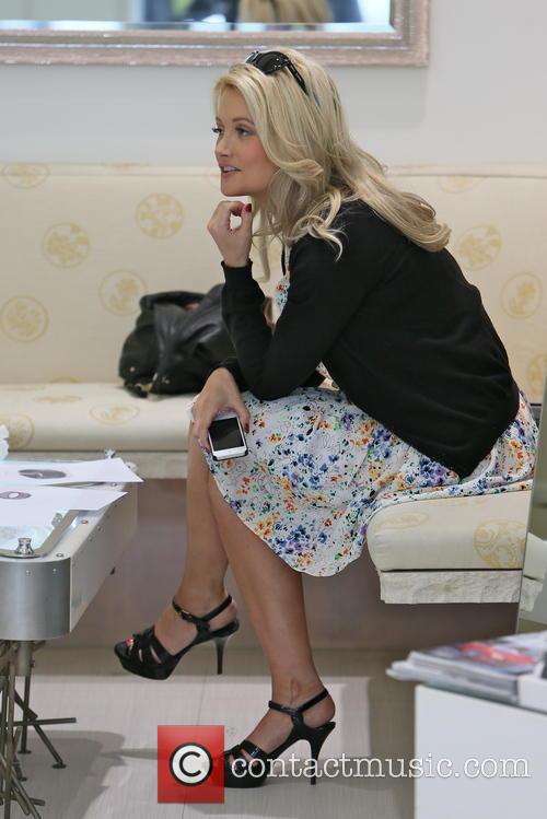 Holly Madison 15