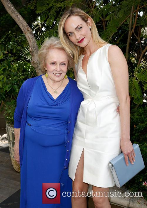 Grandma Mary Jean and Amber Valletta 4
