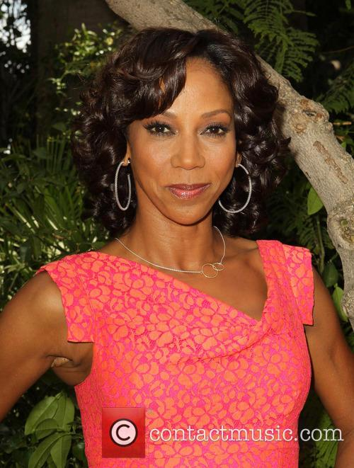 Holly Robinson Peete 10