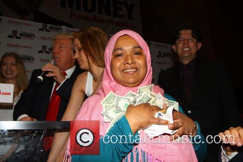 money winner donald trump distributes free money 3652040
