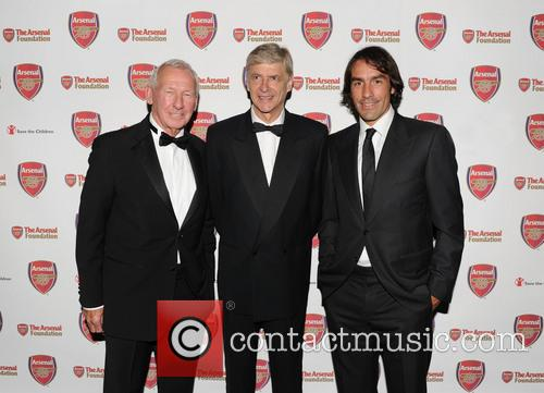 Bob Wilson, Arsene Wenger and Robert Pires 3