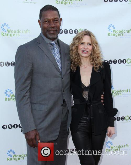 Dennis Haysbert and Kyra Sedgwick 1