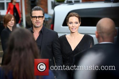Brad Pitt and Angelina Jolie 9