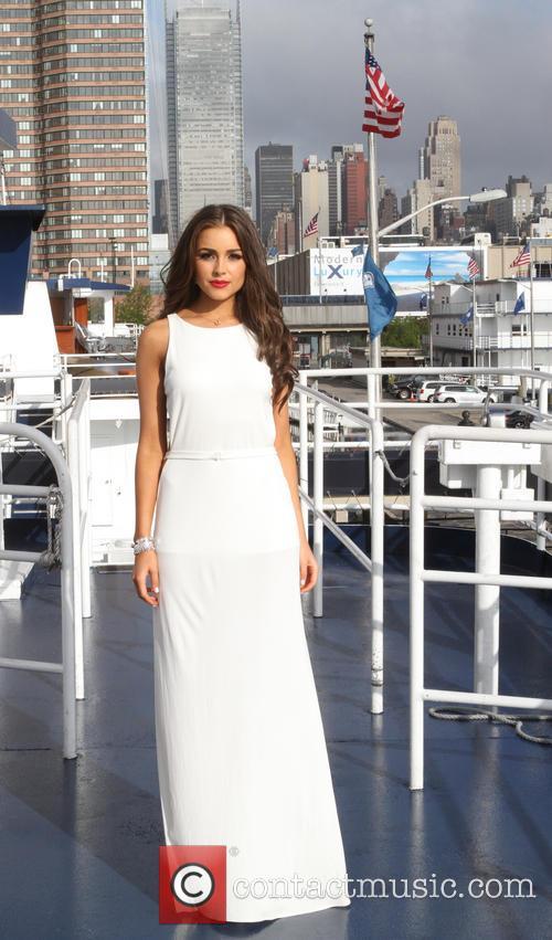 Miss Universe Olivia Culpo 11