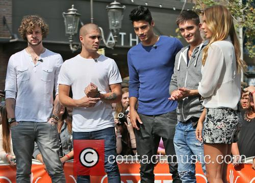 Jay McGuiness, Max George, Siva Kaneswaran, Tom Parker and Renee Bargh 5