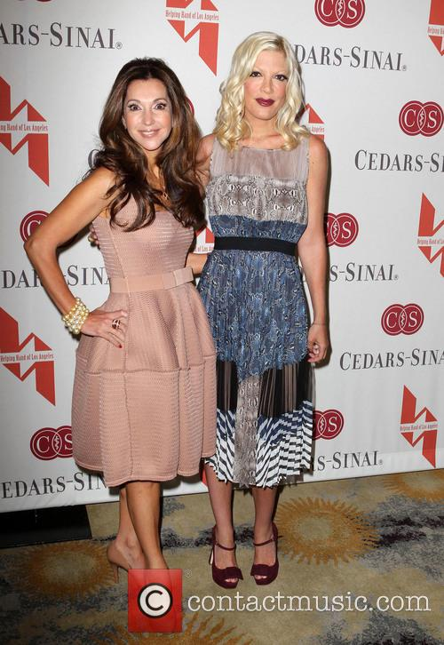Lea Porter and Tori Spelling 2