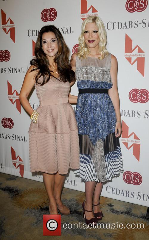 Lea Porter and Tori Spelling 7