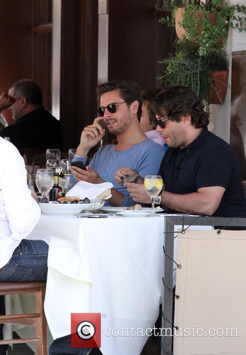 Scott Disick enjoys lunch with friends