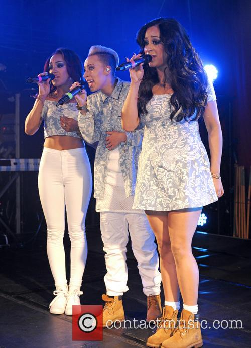 Alexandra Buggs, Courtney Rumbold, Karis Anderson and Stooshe 3