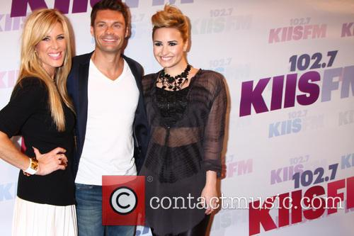 Ellen K, Ryan Seacrest and Demi Lovato 5