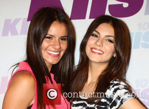 Madison Grace Reed and Victoria Justice 3