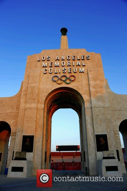 Atmosphere, Los Angeles Memorial Coliseum at Exposition Park