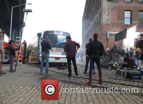 andrew garfield amazing spiderman 2 filmset 3658562