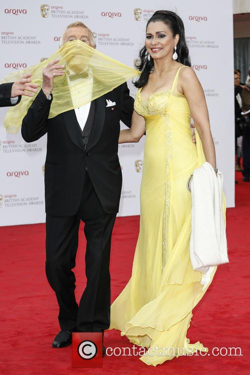 Bruce Forsyth and Wilnelia Forsyth 7