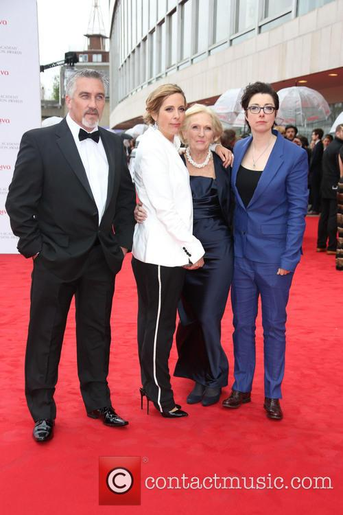 Paul Hollywood, Mel Giedroyc, Sue Perkins and Mary Berry 3