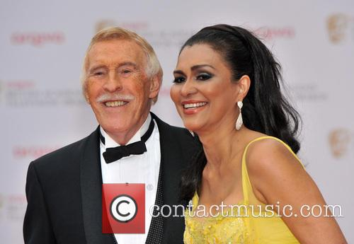 Bruce Forsyth and Wilnelia Merced 11