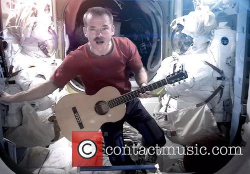 David Bowie and Chris Hadfield 7
