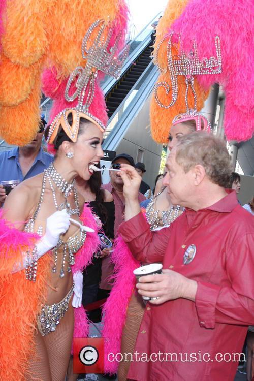 Teller and Las Vegas Show Girls 2