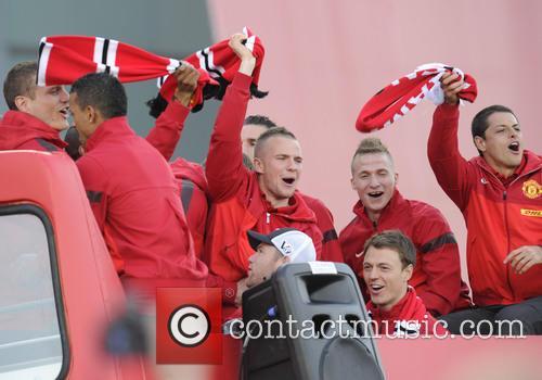 Manchester United, Nemanja Vidic, Luis Nani, Tom Cleverley, Alexander Buttner, Jonny Evans and Javier Hernandez 9