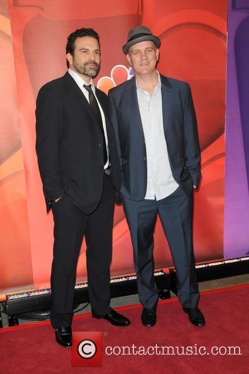 Mike O'malley and Ricardo Chavira 4