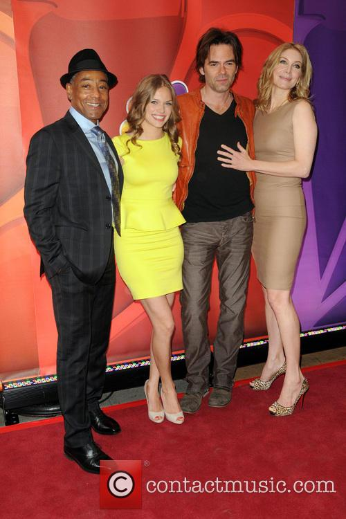 Tracy Spiridakos, Billy Burke, Giancarlo Esposito and Elizabeth Mitchell 4