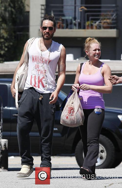 Russell Brand leaving yoga