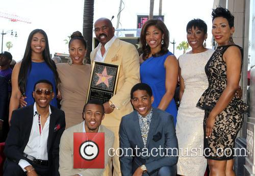 Steve Harvey, Marjorie Bridges-woods, Wynton Harvey, Brandi Harvey, Karli Harvey and Broderick Harvey Jr. 3