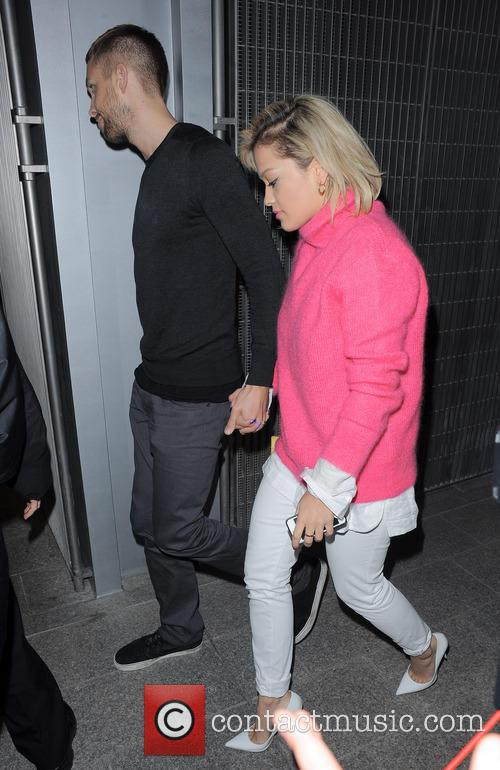 Rita Ora and Calvin Harris 4