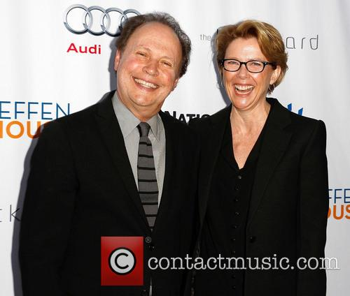 Billy Crystal and Annette Bening 1