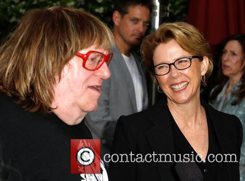 Bruce Vilanch and Annette Bening 5