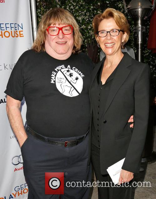 Bruce Vilanch and Annette Bening 1