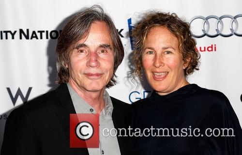 Jackson Browne and Dianna Cohen 1