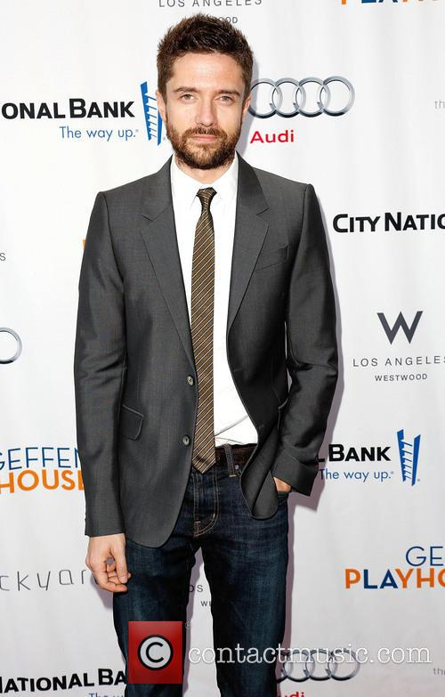 Topher Grace 1