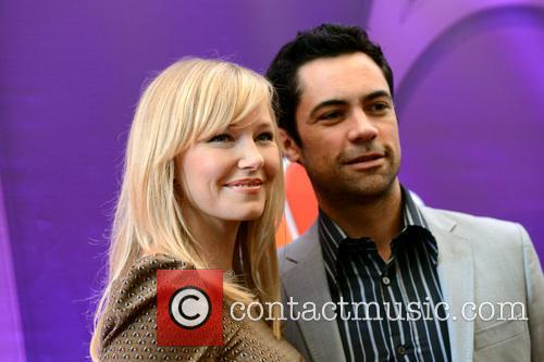 Kelli Giddish and Danny Pino 5