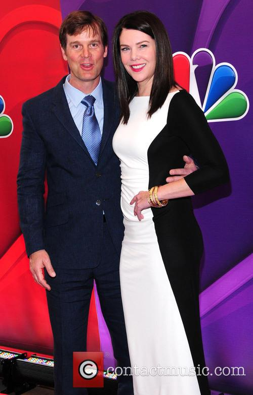 Peter Krause and Lauren Graham 4