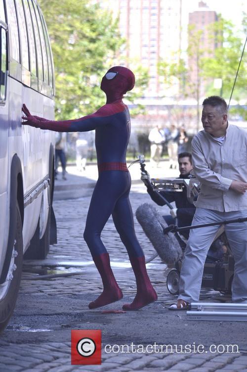 andrew garfield the amazing spider man 2 filmset 3662733