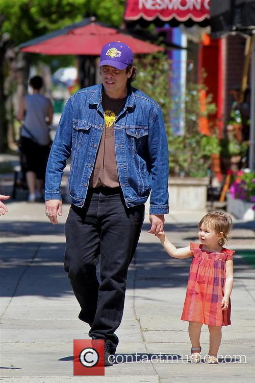 Benicio Del Toro and Delilah Del Toro 3
