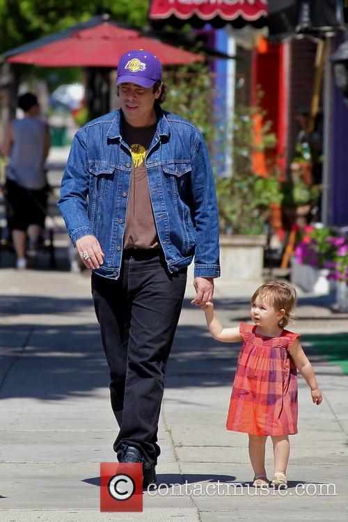 Benicio Del Toro and Delilah Del Toro 5