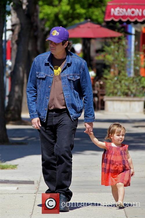 Benicio Del Toro and Delilah Del Toro 8