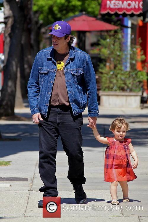 Benicio Del Toro and Delilah Del Toro 10