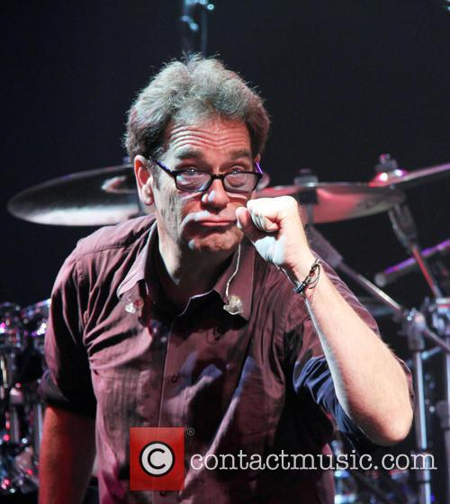 Huey Lewis and the Newis live in concert...