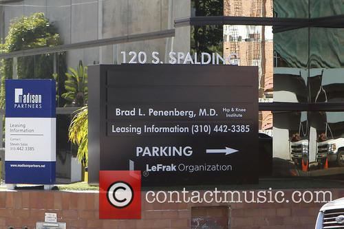 News, Spalding Surgery Center, Beverly Hills and Angelina Jolie 6